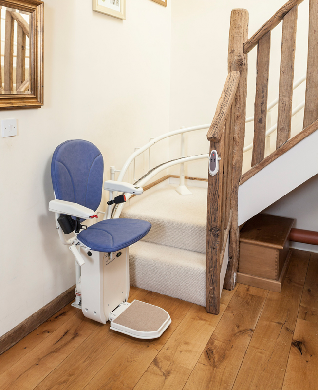 Good AmeriGlide Platinum Curved Approved Stair Lift Used